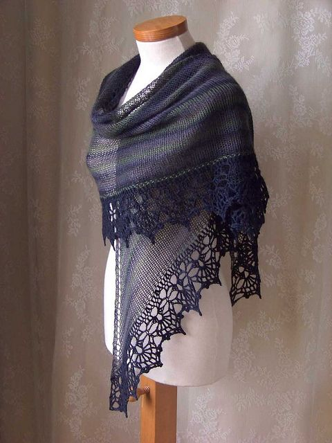 knit shawl - its simply gorgeous
