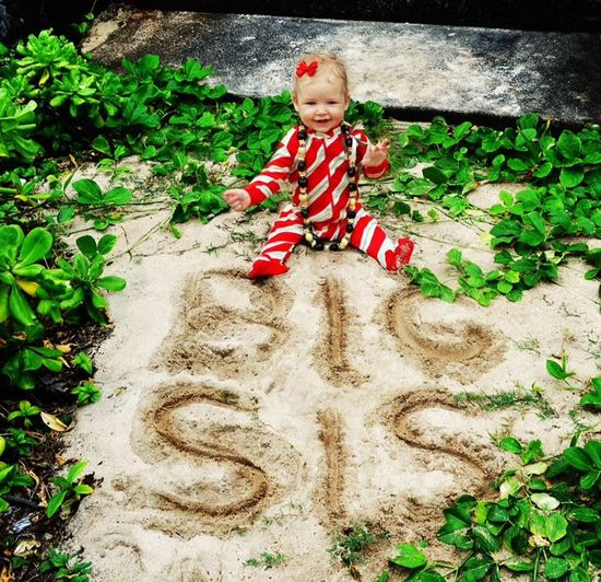 """Jessica Simpson announces baby number two! - Fun beach themed """"Big Sis"""" pregnancy announcement."""
