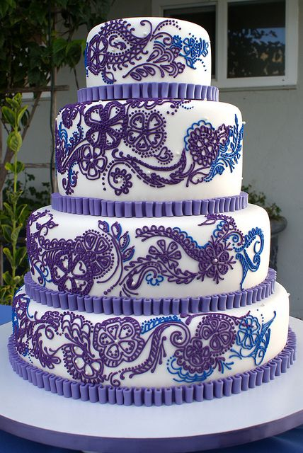 Henna inspired Wedding Cake