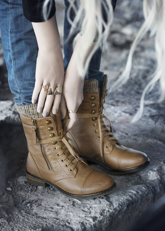 Essence par Chelsee Girl #boots #trend #fashion #style #shoes #girl