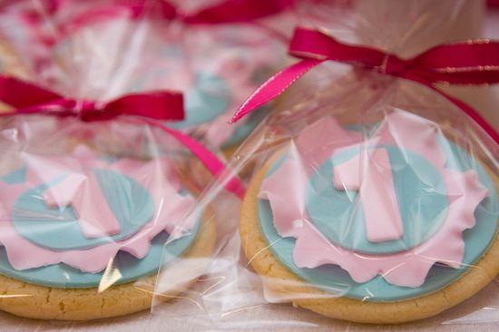 Carnival favor cookies! #carnival #favor #cookies