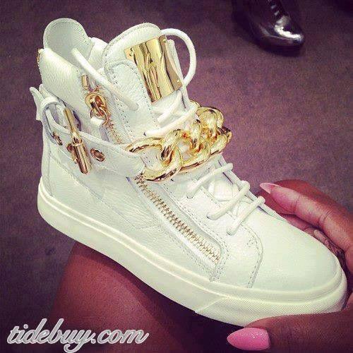 Fashion Shoes - I Love Shoes, Bags & #girl fashion shoes #fashion shoes #my shoes