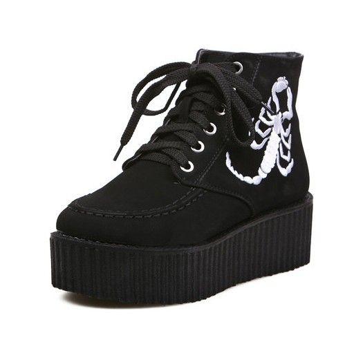 wholesale Girls fashion comfortable boots Doc Martens scorpion shape lace up shoe CZ-4599