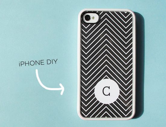 Free downloadable designs to slip into a clear iPhone case to customize your phone. Brilliant!