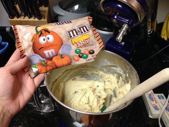 Pumpkin Spice M&M Cookies!