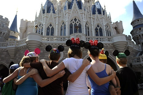 19 Great Disney World Attractions (how to see them without waiting in line!)