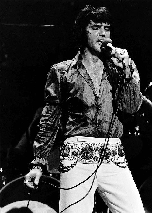 Elvis Presley -  Midnight show, Las Vegas, August 5th 1972.
