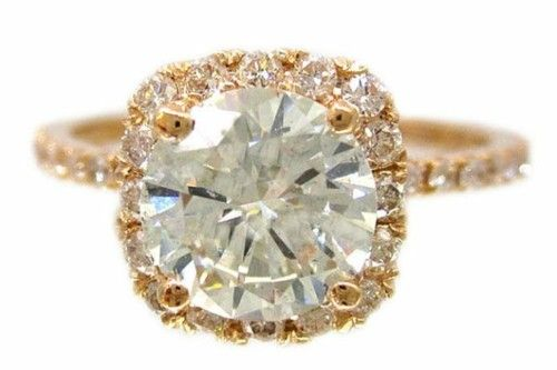 LOVE this look! #engagement #ring
