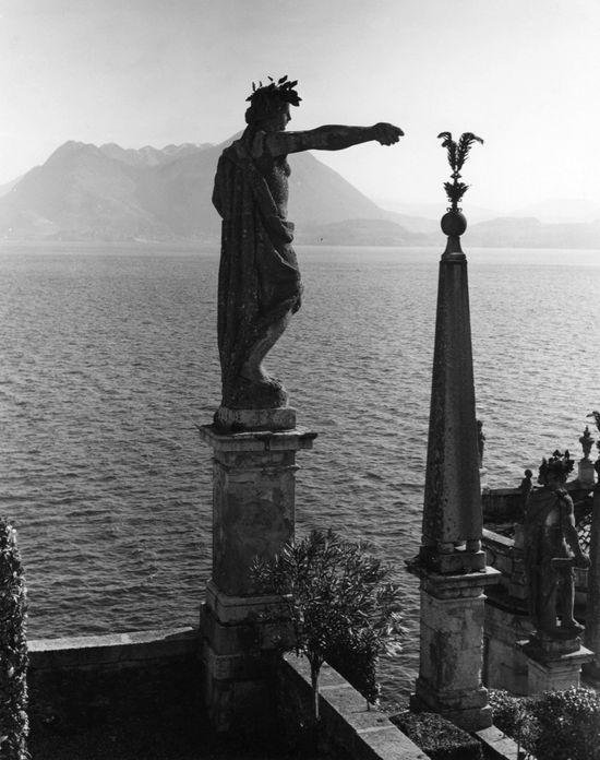 Palazzo Borromeo, Isola Bella, Lago Maggiore, 1960 por Edwin Smith (1912-1971).  S)
