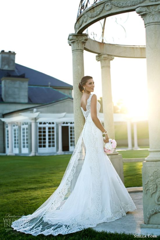 Essense of Australia, Martina Liana & Stella York Wedding Dresses — 2014 Bridal Collections Highlight