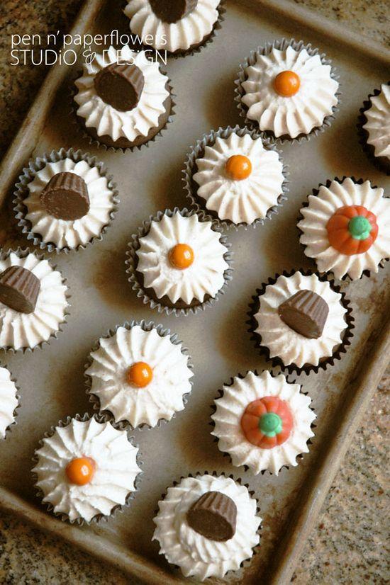 beautiful halloween cupcakes!