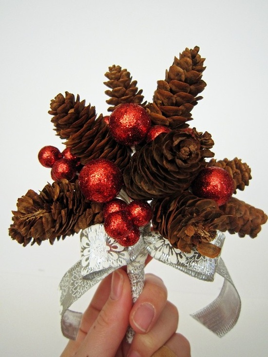 winter wedding bouquets - very cute and versatile with any color balls