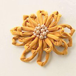 How to: Anthropologie knock-off flower pin