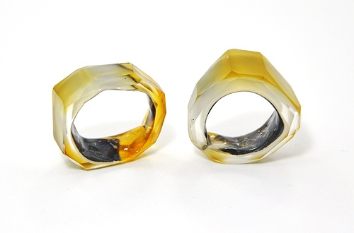 Bernhard Simon  Rings: Austern  Glass