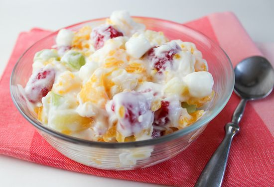 Mom's Sunday (or any day of the week!) Creamy Fruit Salad! It will be your new favorite side dish! {Yummy-Healthy-Easy}