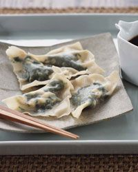 Spinach and Tofu Dumplings // More Tasty Tofu Recipes: fandw.me/heT