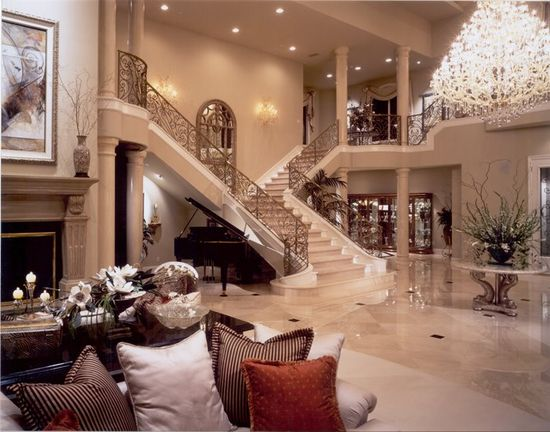 Via Luxury Decors