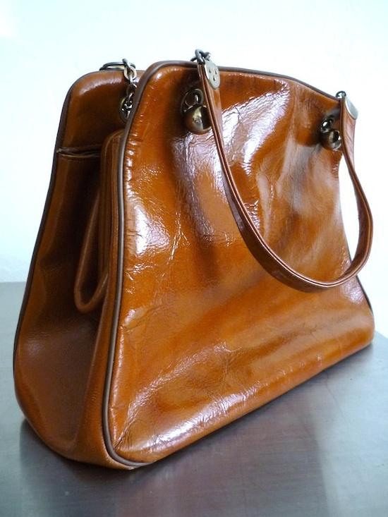 Vintage Handbags 60's Etra Purse, Orange, Medium  FreshandSwanky on Etsy. $18.00, via Etsy.