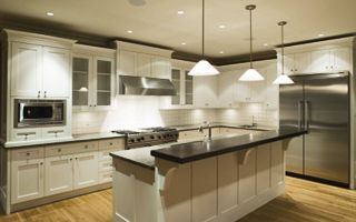 This is a great kitchen!!!