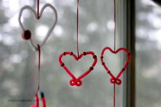 Kids Craft Tutorial: Valentine Heart Mobile
