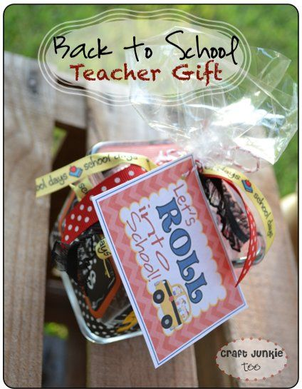 Back to School Teacher Gift with {free} tag printable!