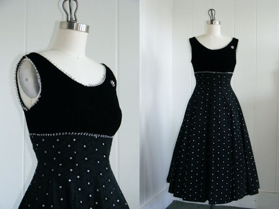 How to do plaid for a girls dress? 1950's Vintage Velvet Black Party dress w/ Silver Polka dots
