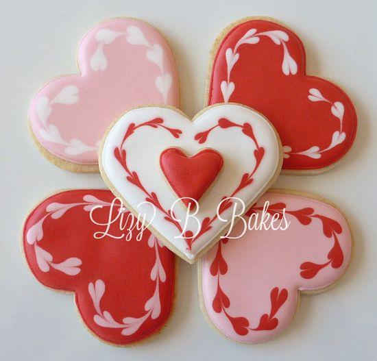 Pretty Valentine cookies.
