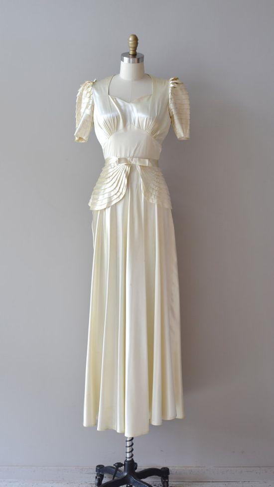 1930s wedding dress / silk 30s wedding dress