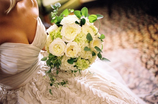 Lovely bouquet by patsfloraldesign.com / Photography by jenfariello.com