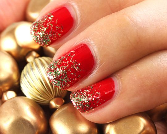 Holiday glitter fade nails