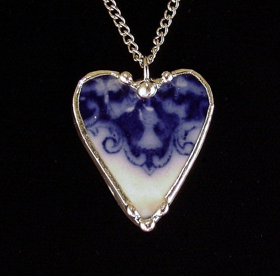 Antique flow blue thistle. Broken china jewelry heart pendant necklace. Made from a broken china plate by Dishfunctional Designs
