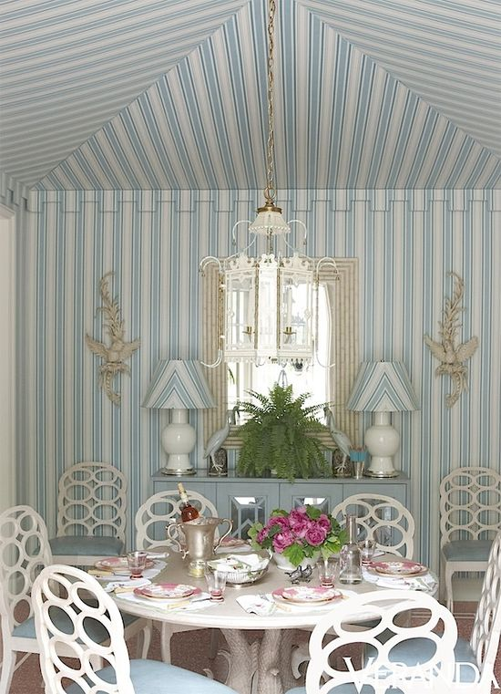 Miles Redd ~ breakfast room in Atlanta -  table from Oscar de la Renta collection for Century, Frances Elkins style chairs,  chinoiserie lantern from Mallett.