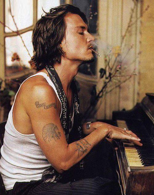 Johnny Depp~ good God!