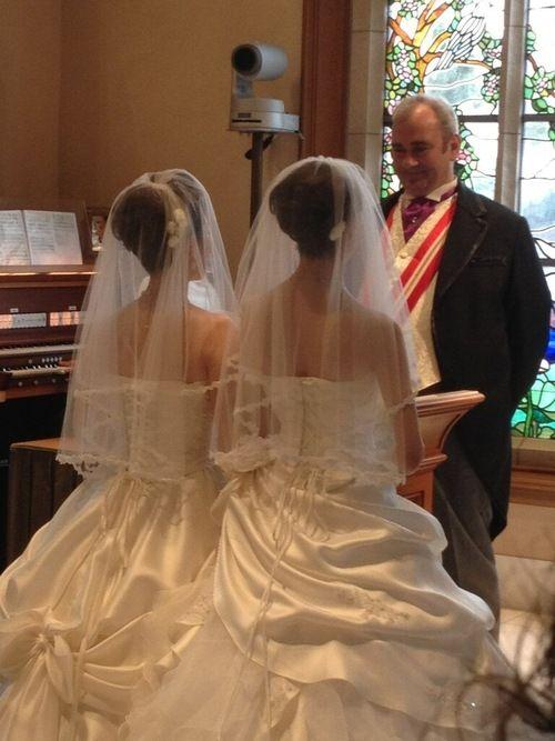 First #same-sex #wedding at Tokyo #Disney! #lesbian #wedding