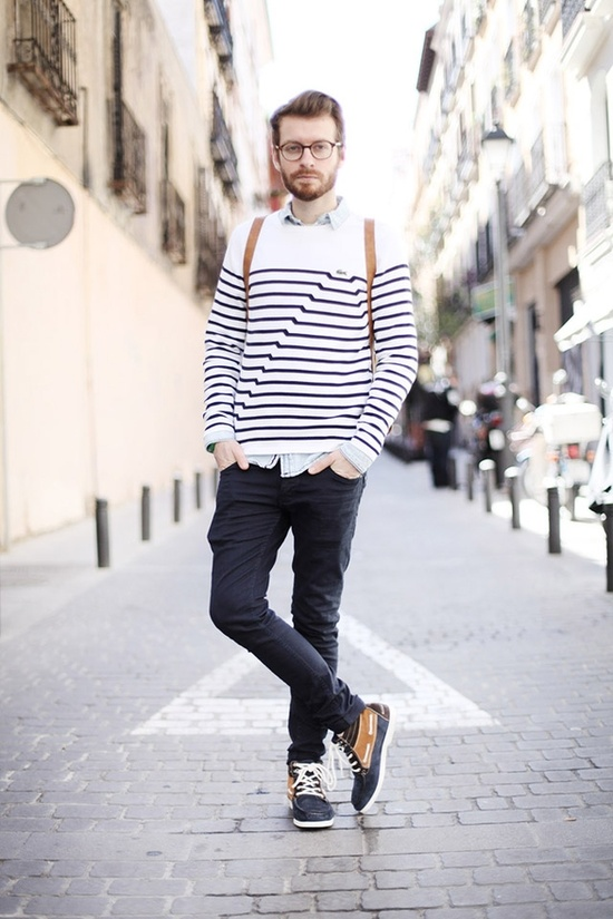 Sunday , classes , boat shoes boots , jeans , striped crew sweater , button up shirt