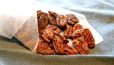 Mexican Hot Chocolate-Spiced Pecans