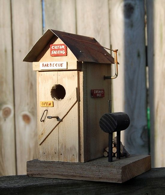 BBQ bird house