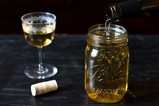Use a mason jar to store leftover wine.