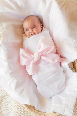 Plantation Pink Sweet Bow Swaddle Blanket