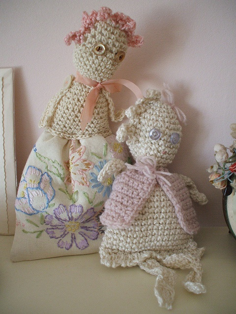 'mama's dolls' from paperdolly's photostream on flickr