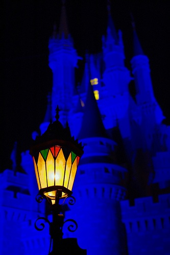 Disney - Cinderella Castle & Lamp