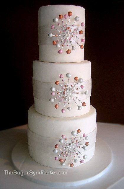 tiered cake, elegant!