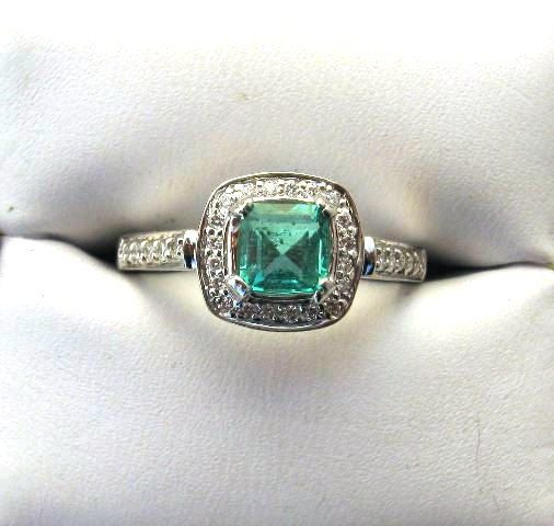 vintage engagement ring I don't like big rings but for this I'd make an exception