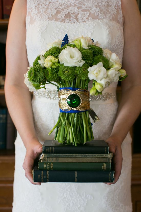 emerald green wedding bouquet