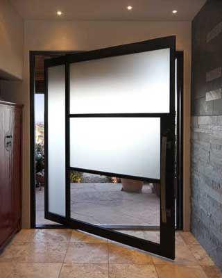 A Modern Architectural Entry. Homesandlifestyle... #architecture #modern #glass #minimalistic #home #house #design #sleek