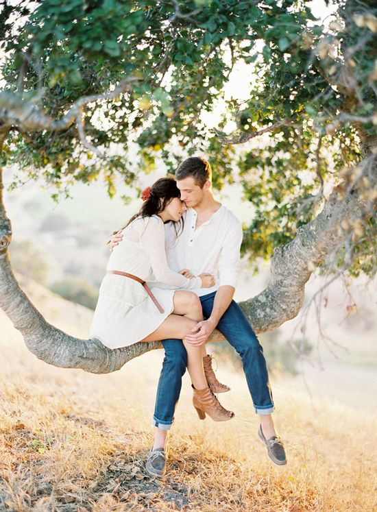 Couple photo: in a tree (by Jose Villa)