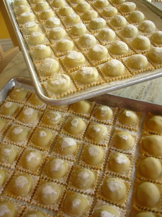 Fresh Handmade Ravioli with Spinach – Pancetta Filling