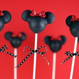 Minnie Mouse cake pop tutorial