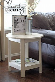 DIY Round Table  Handmade Furniture :: Shanty2Chic's clipboard on Hometalk :: #handmade dovetail joints #do it yourself