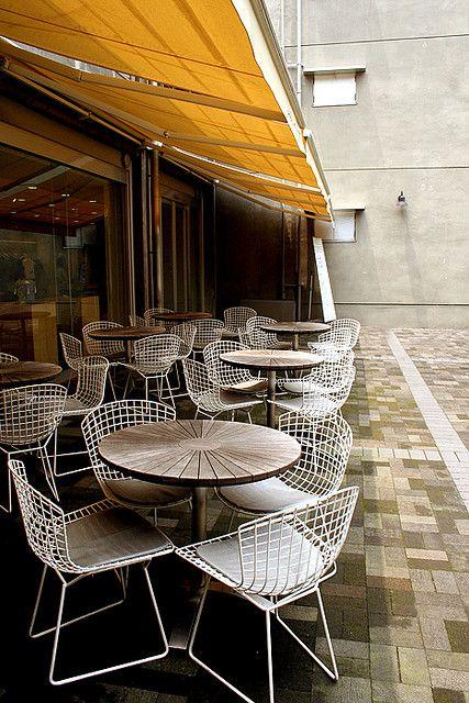 #Bertoia Side Chiar. #outdoor #cafe #yellow